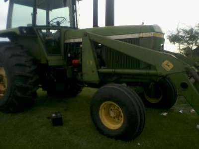 Lot 35 - JD 4630 DSL tractor, dual hyds, (12000hrs on tractor, motor overhauled 5000hrs) quad shift, new
