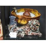 A pottery bowl and other similar items (qty)