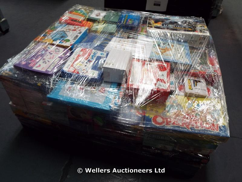 *HALF PALLET OF MIXED BOXED TOYS INC ARTICULATE BOARD GAME, MR MEN PUZZLE, DOCTORS PLAYSETS,