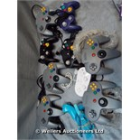 *X10 MIXED CONTROLLERS FOR NINTENDO CONSOLES INC GAMECUBE AND WII / GRADE: UNCLAIMED PROPERTY /