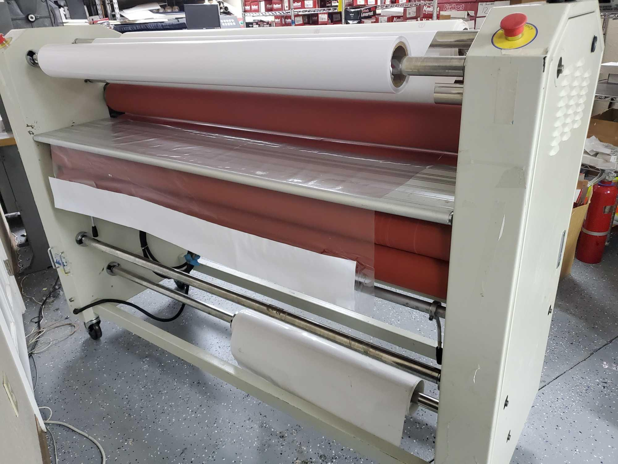 """60"""" HEAT COLD DOUBLE OR SINGLE SIDED LAMINATOR - Image 12 of 12"""