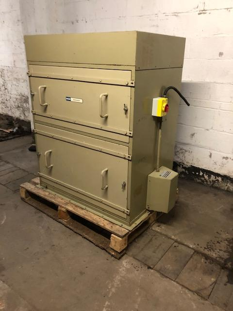Lot 30 - DCE Unimaster Dust Filter Unit, loading free of ch