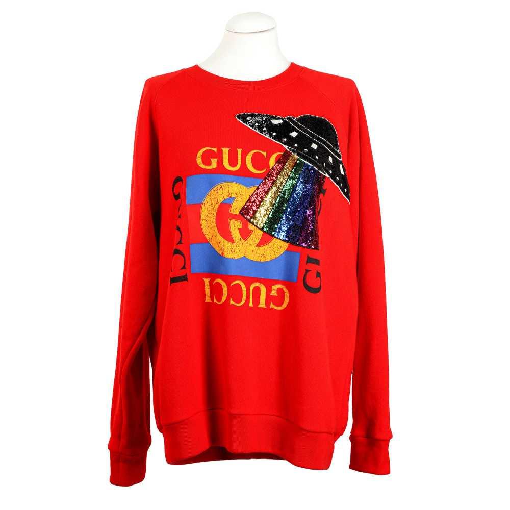 Los 55 - GUCCI Pullover, Gr. M. NP.: 890,-€.100% Baumwolle in Rot, Vorderseite mit mittigem Gucci-Logo und