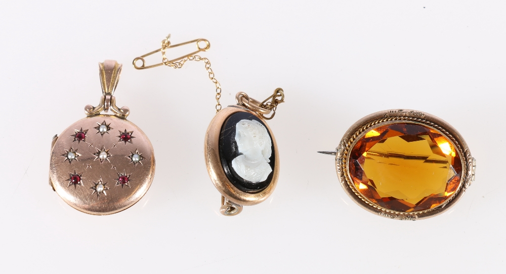 Lot 18 - 9ct gold pendant locket set with seed pearls and rubies, 3.2g, yellow metal mounted citrine set
