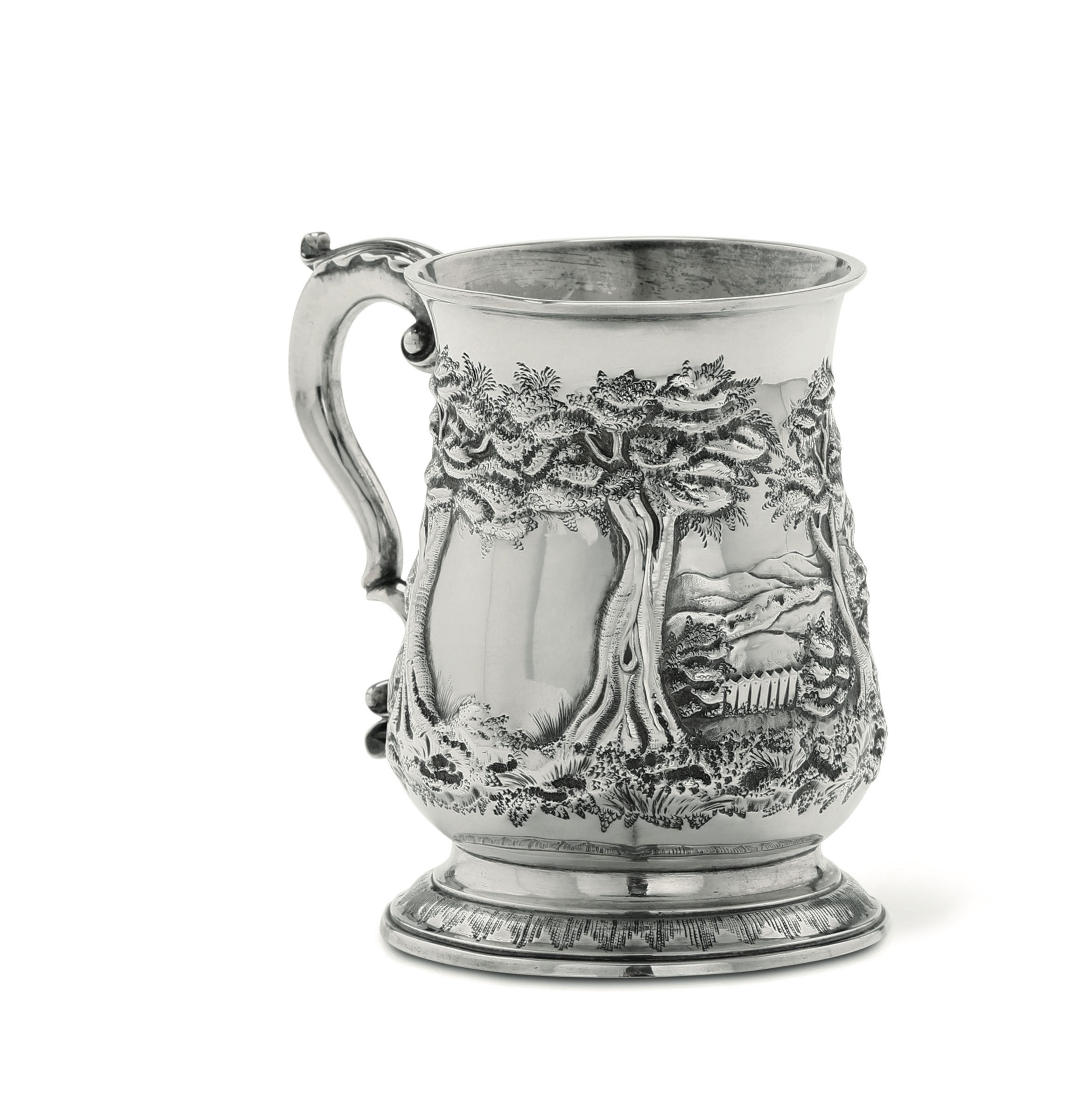 A silver tankard, London, 1768 - Embossed and chiselled sterling silver. Silversmith [...]