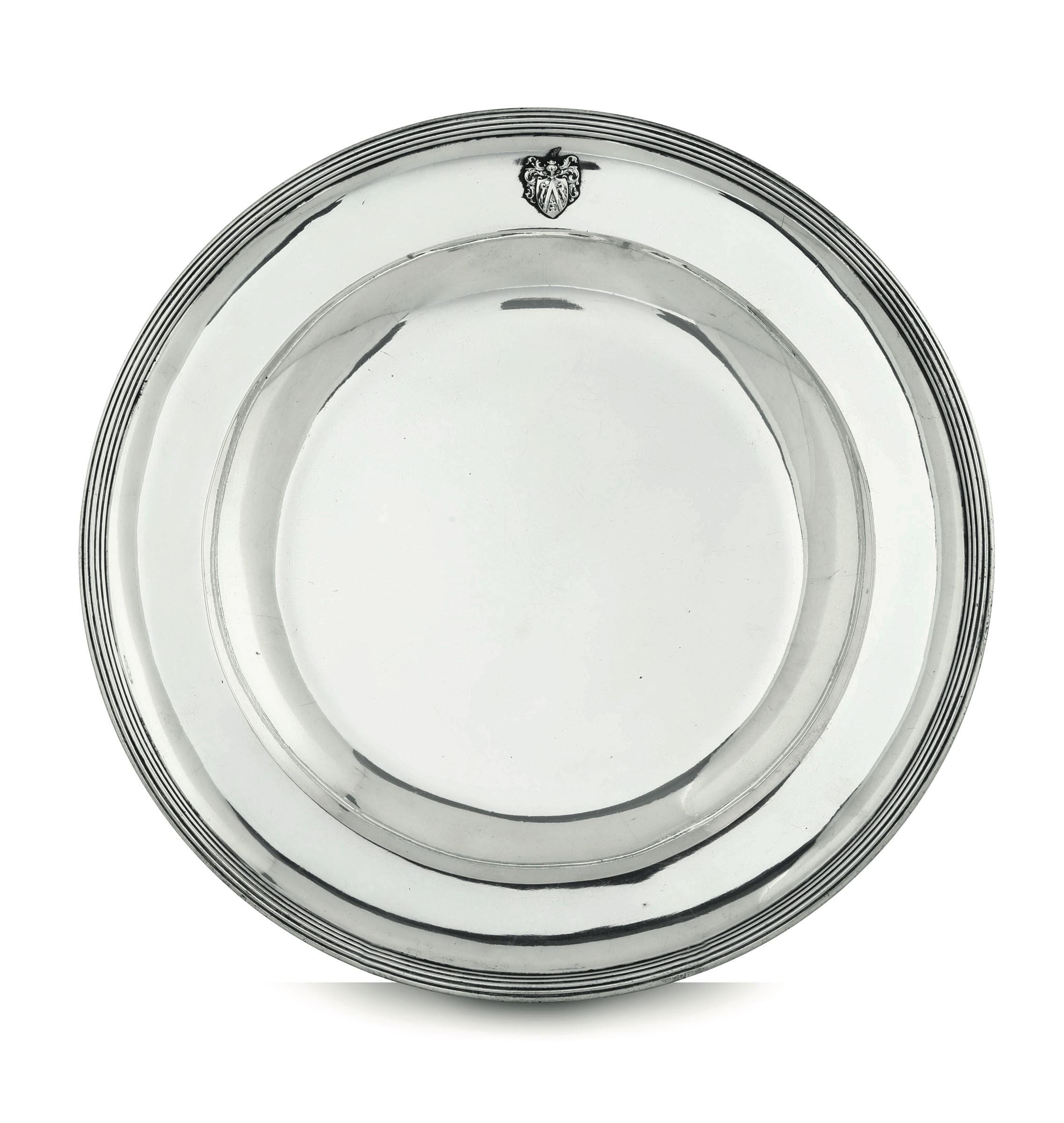 Lot 50 - A silver dish, Austria-Hungary, 1807 - 940gr -