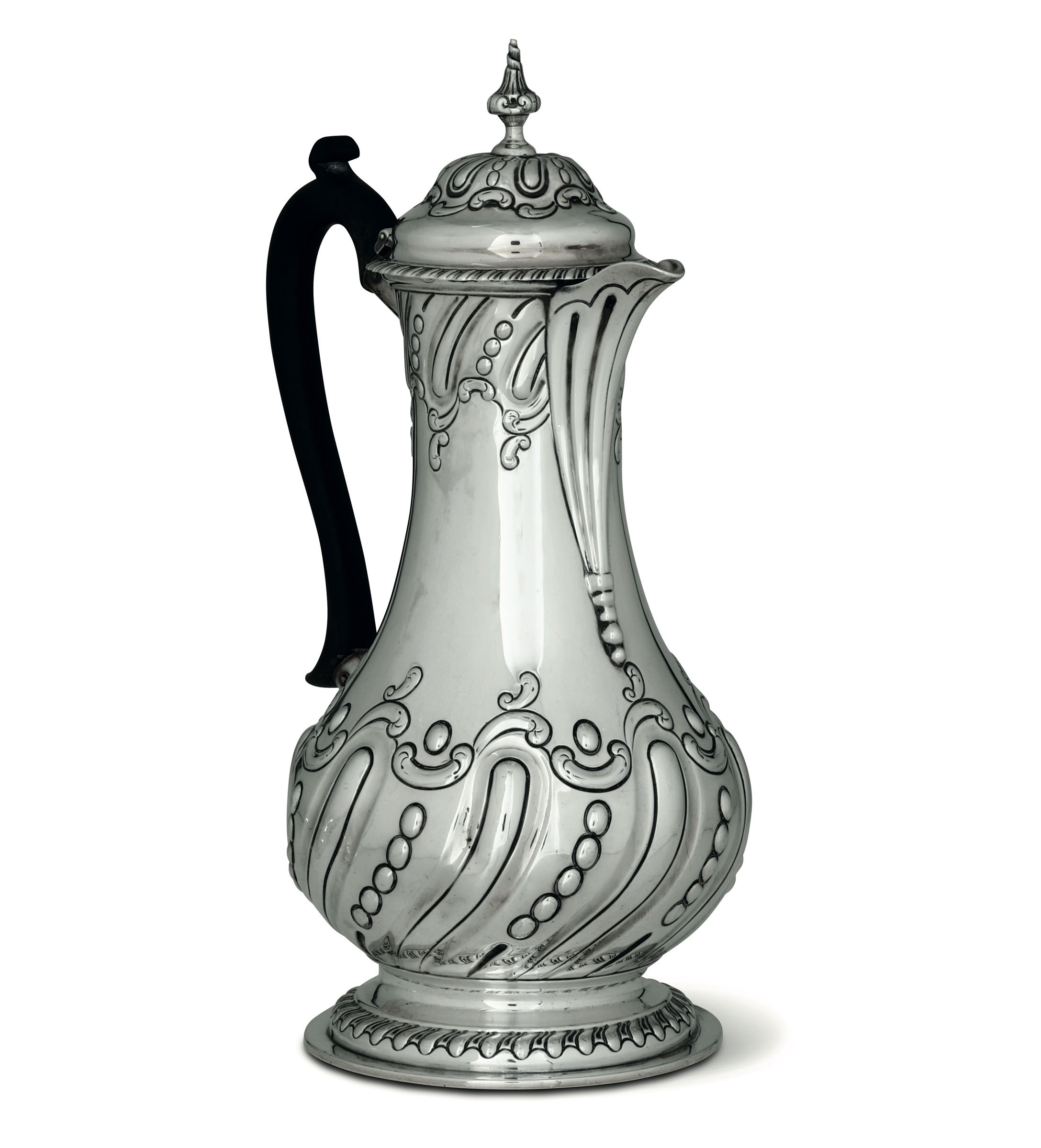 Lot 22 - A silver coffee pot, Sheffield, 1894 - Molten, embossed and molded silver. [...]
