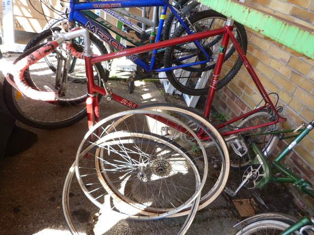 Lot 7 - Red Raleigh Sirocco Mountain Bike