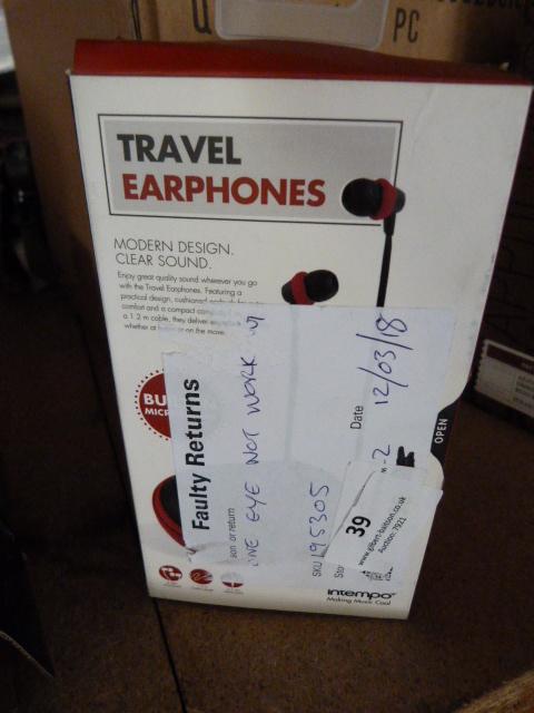 Lot 39 - *Travel Earphones