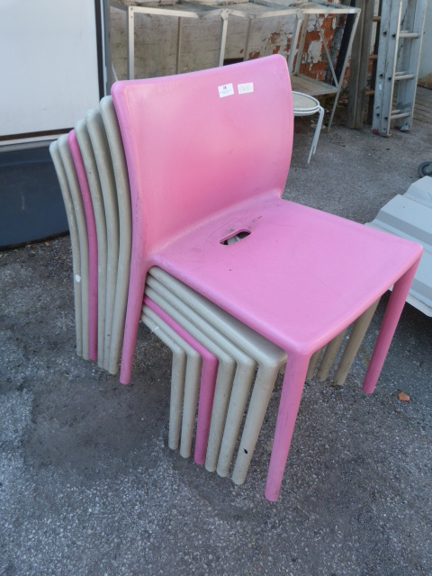 Lot 28 - Two Pink and Five Grey Plastic Chairs
