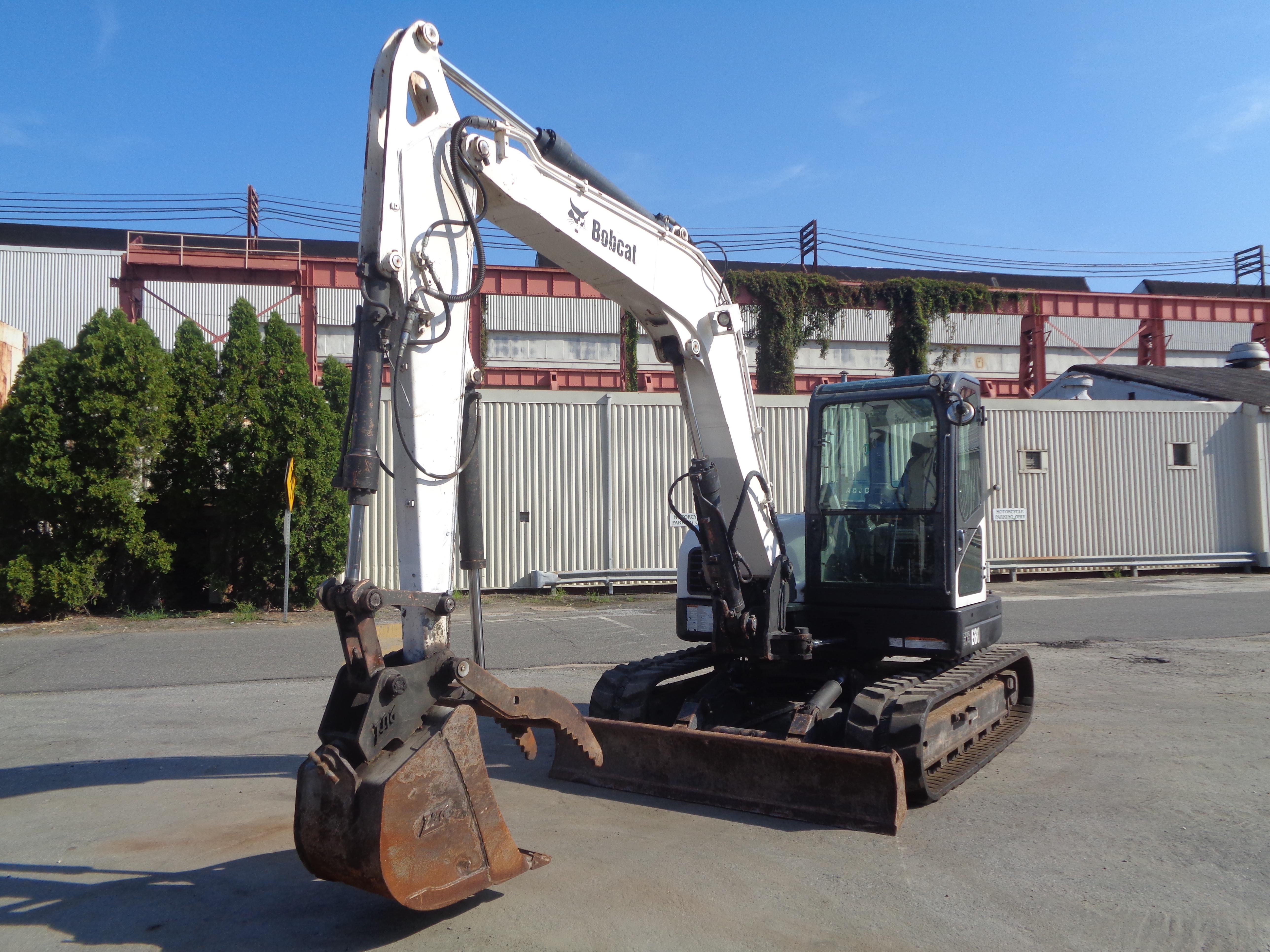 Lot 29 - 2012 Bobcat E80 Midi Excavator