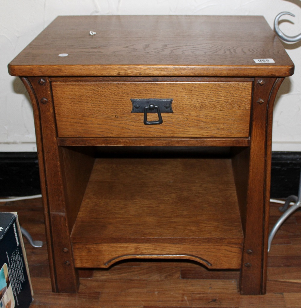 sherry furniture. Sherry Furniture. Lot 958 - Oak Bedside Table / Lamp By Furniture H 60 Qtsi.co