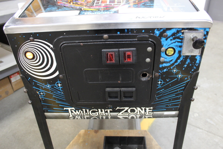 Lot 260 - 1X, TWILIGHT ZONE PINBALL GAME