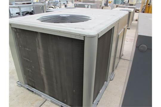 2013 Trane mdl  WSC120E4R0A0000 0H 10-Ton Air Conditioning