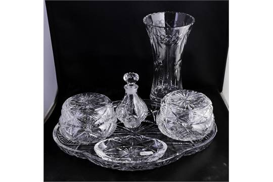 An Edinburgh crystal dressing table set together with a vase ...