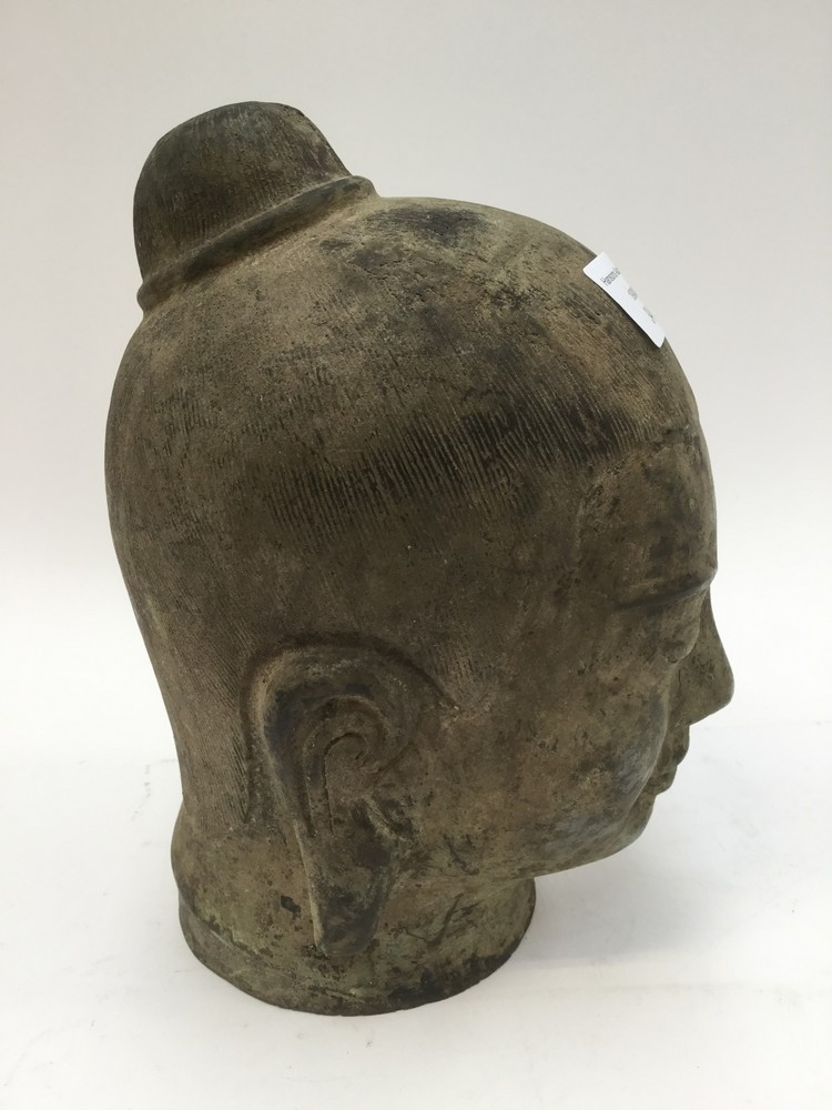 Lot 3442 - 18th Century Cambodian bronze head