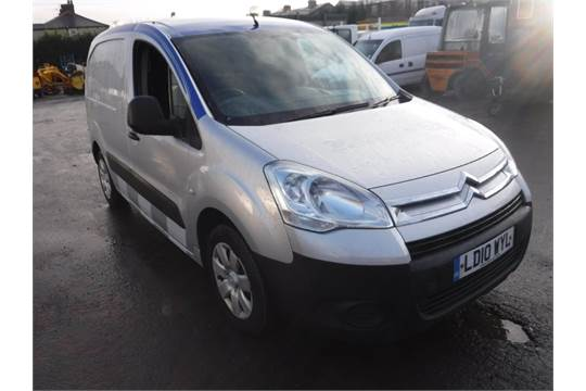 10 reg citroen berlingo 625 lx 16v 1st reg 06 10 test 06 16 135696m warranted v5 here 1 owne. Black Bedroom Furniture Sets. Home Design Ideas