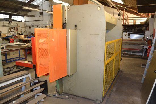 Safan CNCB press brake, 80 ton x 3100mm - Image 7 of 8