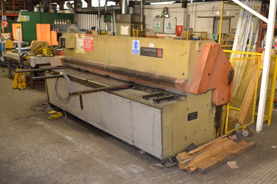 Lot 8 - Edwards Pearson GE guillotine, capacity 6.5mm x 3080mm
