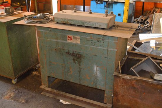 Lot 41 - Shorte Engineering lock and groove forming machine