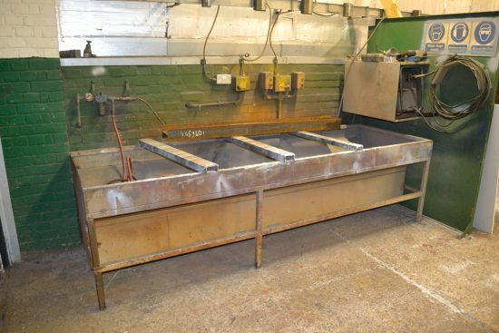 Lot 11 - Thermal Dynamics Cutmaster 101 plasma cutter with down draft table
