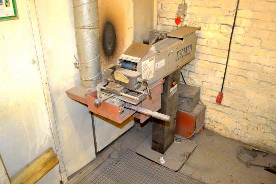 Lot 47 - Almi AL100U belt linishing machine, belt approx 100mm x 1900mm