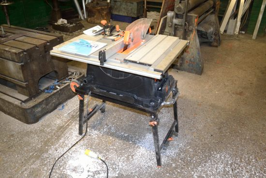 Lot 27 - Evolution Rage 5 mobile table saw