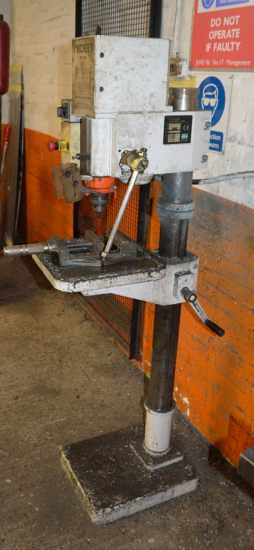 Lot 32 - Nider N1-25 pillar drilling machine