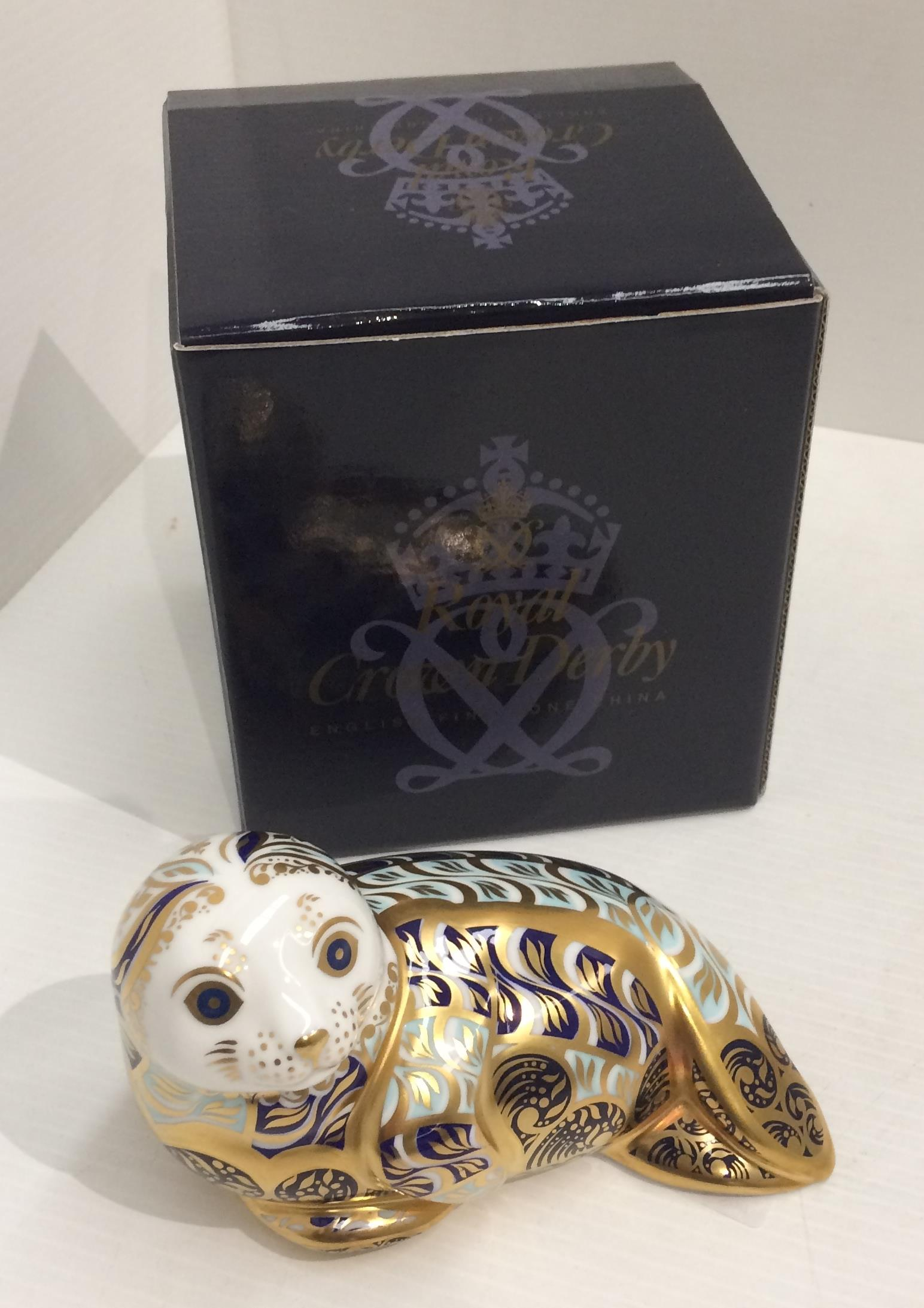 Lot 58 - A Royal Crown Derby bone china limited edition Harbour Seal paperweight - 13cm long, no.