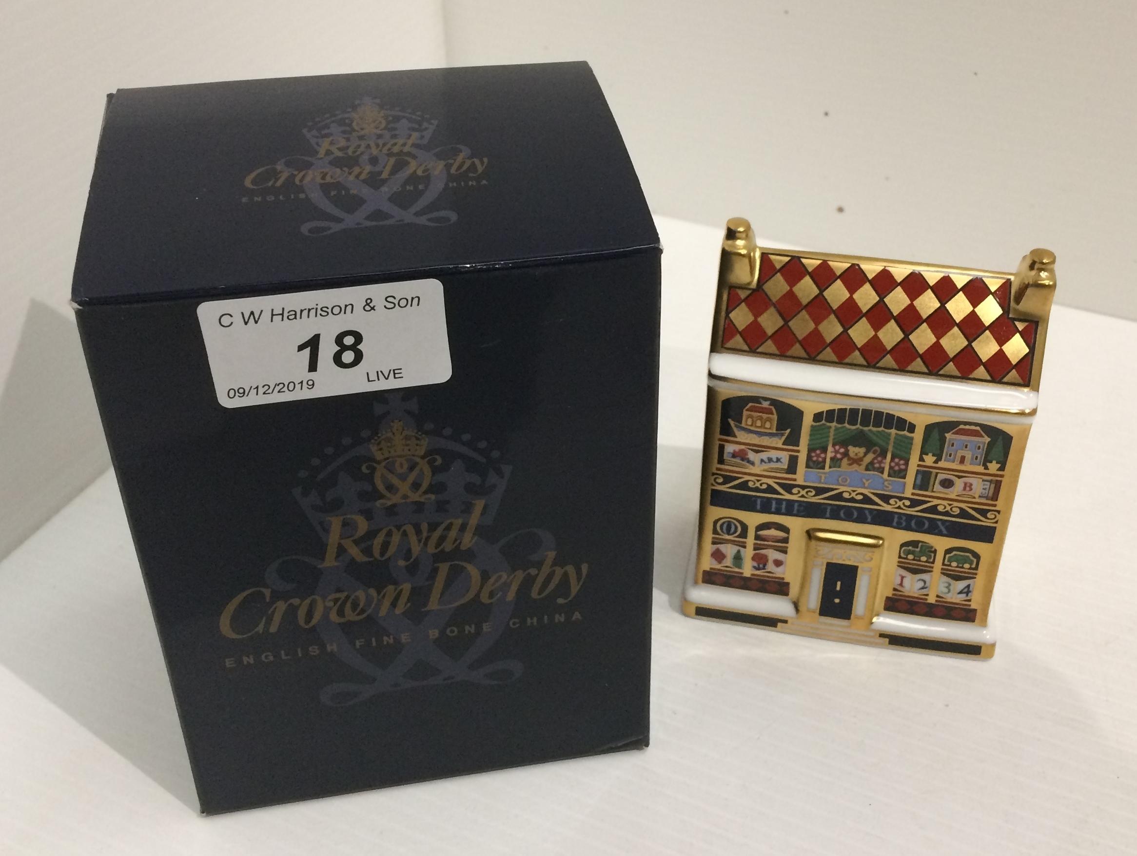 Lot 18 - A Royal Crown Derby bone china MM111 mini toy box 10cm high