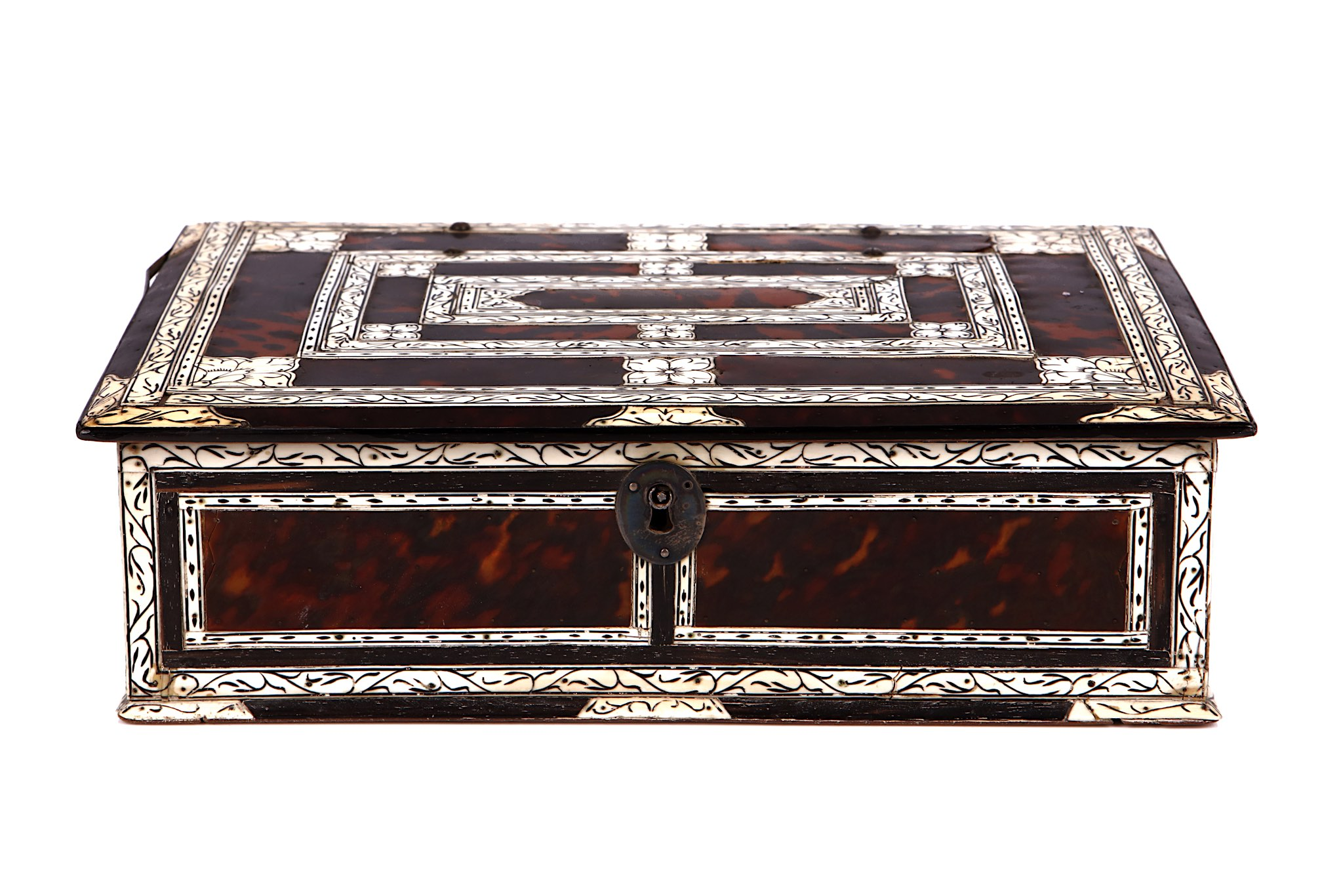 Lot 82 - AN 18TH CENTURY INDO-PORTUGUESE TORTOISESHELL AND IVORY WRITING BOX of rectangular form, with