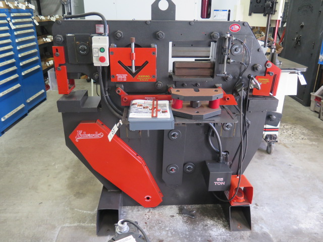 "Lot 33 - Edwards mdl. 65TON 65 Ton Hydraulic Iron Worker s/n 4216507 w/ Punch 1 1/16"" Thru ¾"" Cap, 10"" Brake,"