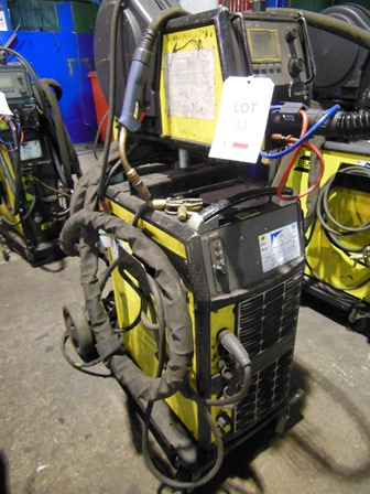 Lot 33 - ESAB Mig 4000i mig welding set Serial no. 803-839-5116 with Aristo Feed 3004 wire feed unit