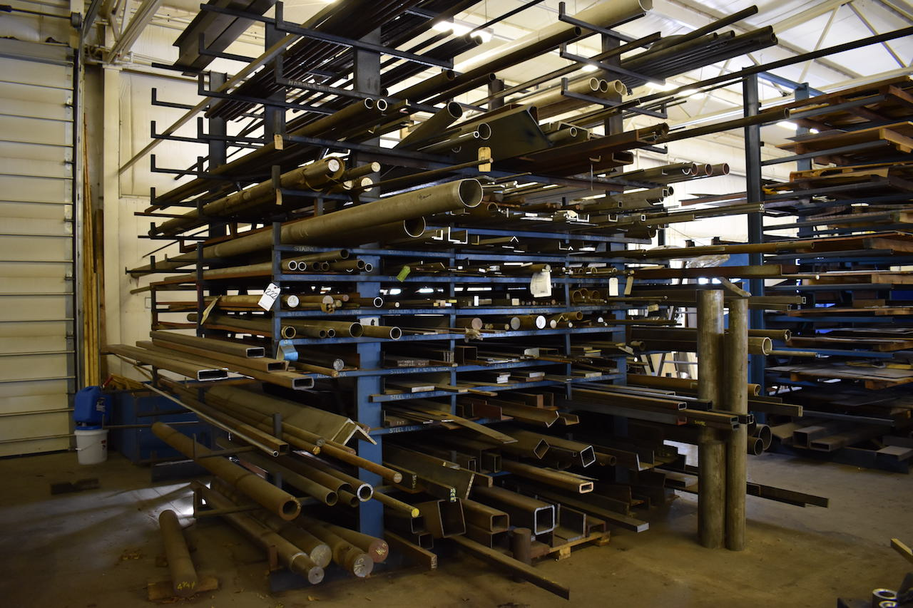 Lot 222 - LOT: ASSORTED STEEL BARS; CHANNEL SQUARE TUBING ROUNDS; ROUND TUBING; HEX STOCK; SHEET STOCK;