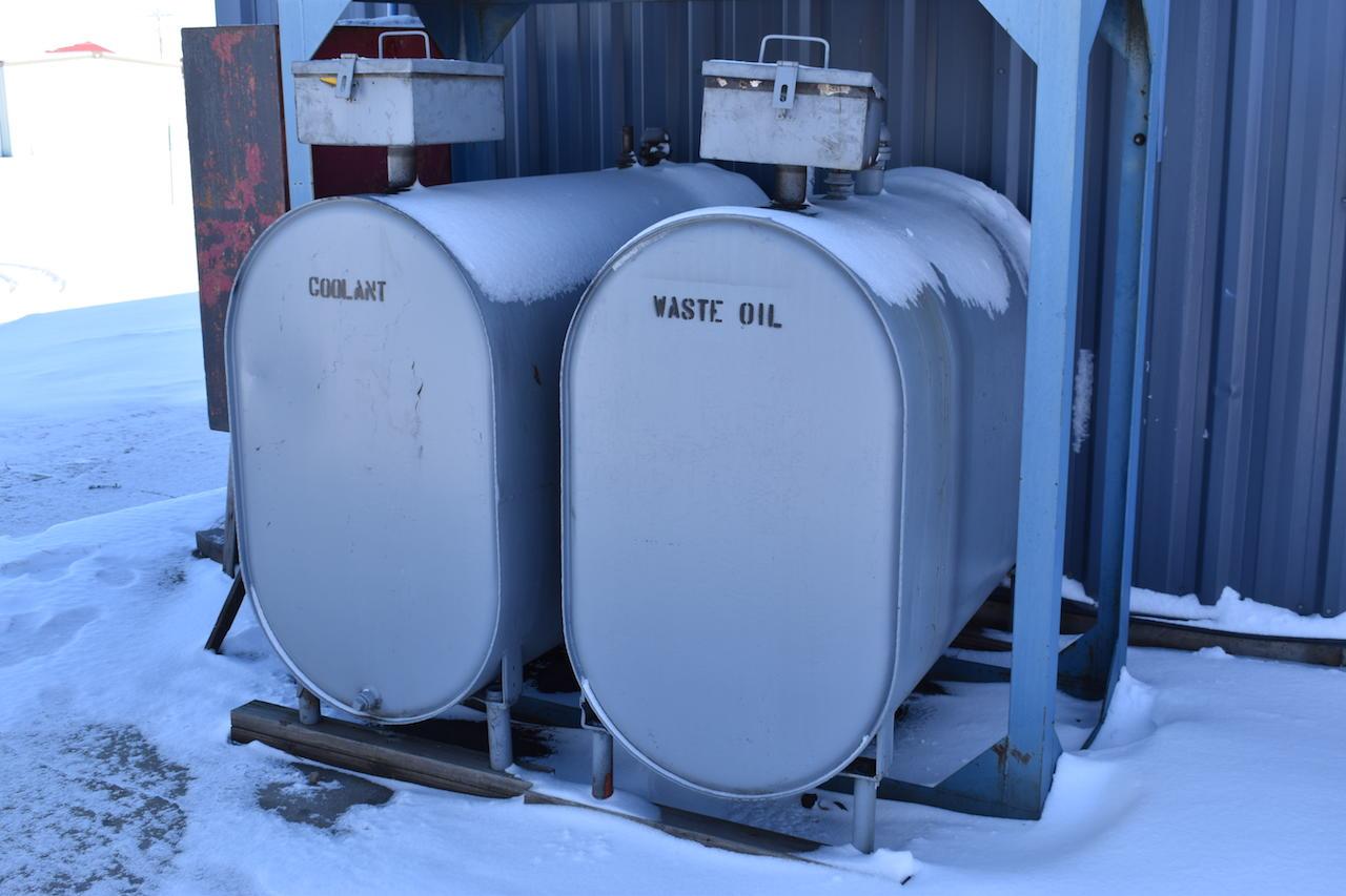 Lot 433 - LOT: (2) COOLANT & WASTE OIL STORAGE TANKS
