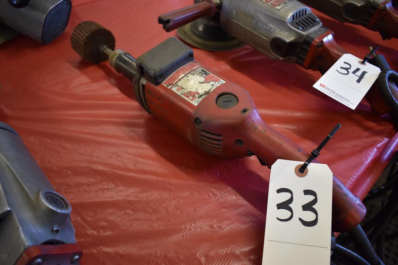 Lot 33 - MILWAUKEE ELECTRIC SANDER/GRINDER