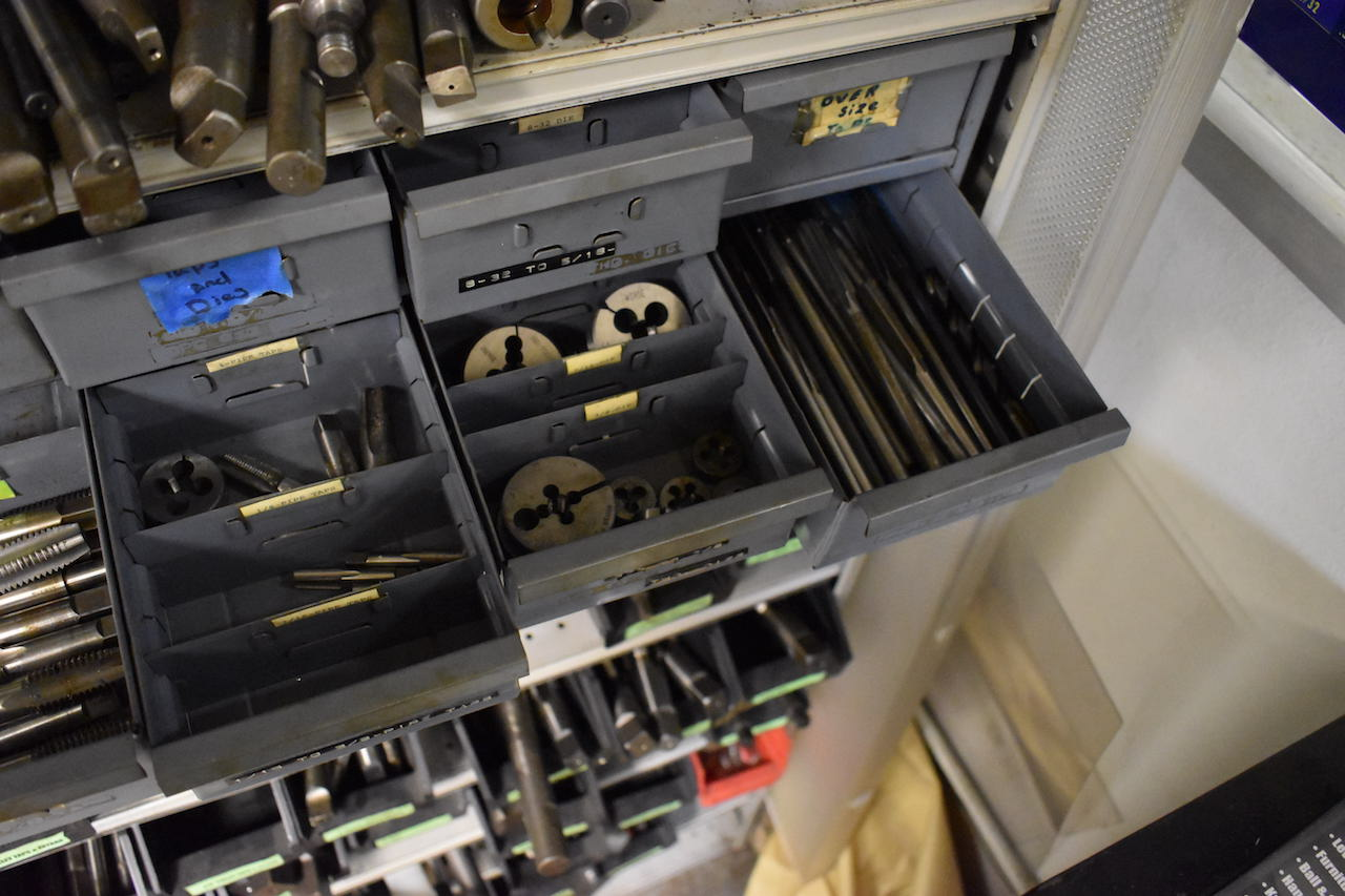 Lot 11 - LOT: ASSORTED REAMERS & TAPS