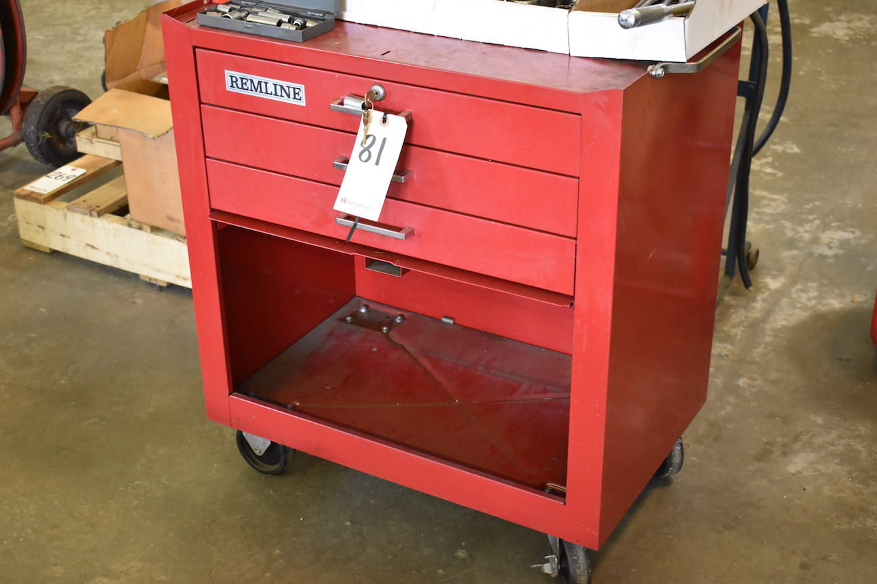 Lot 81 - REMLINE PORTABLE TOOL BOX; W/Assorted Sockets & Ratchets