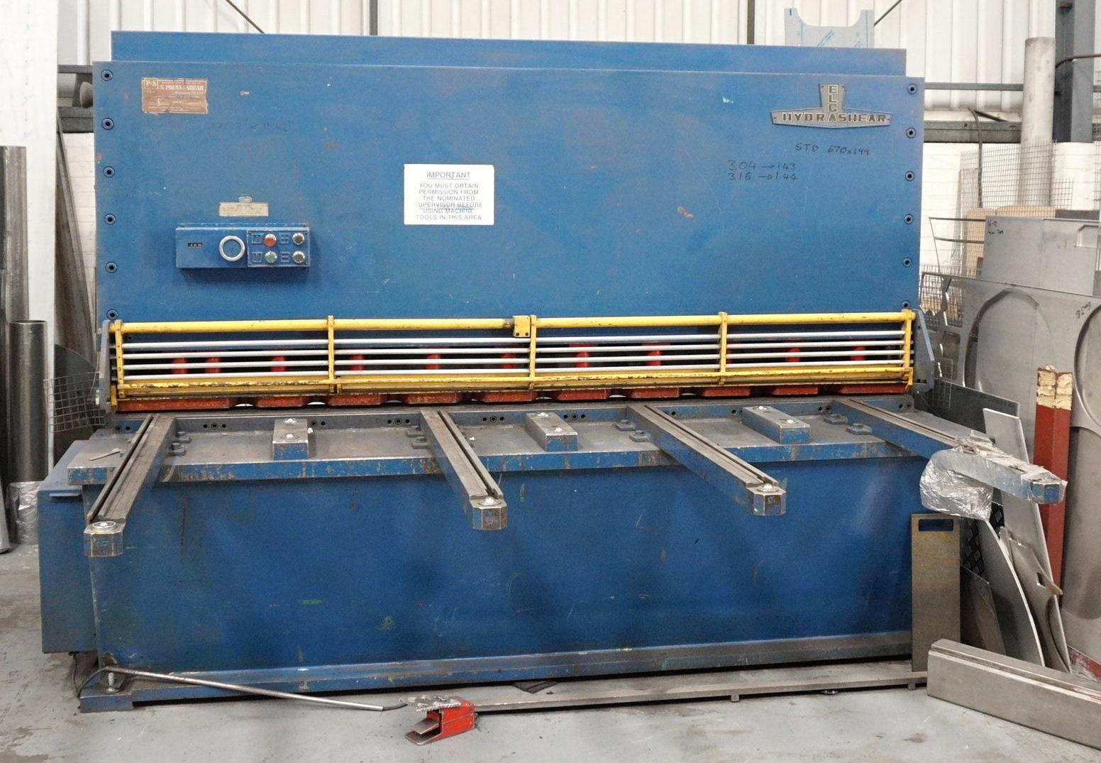 Lot 16 - A Press and Shear Elga Hydrashear 8ft x .5in Power Guillotine No