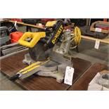 DeWaltDW708 sliding compound miter saw