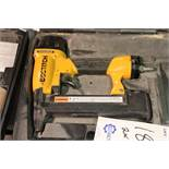 Bostitch SX 150 18 gauge finish nailer & Porter Cable MN250A 16 gauge finish nailer