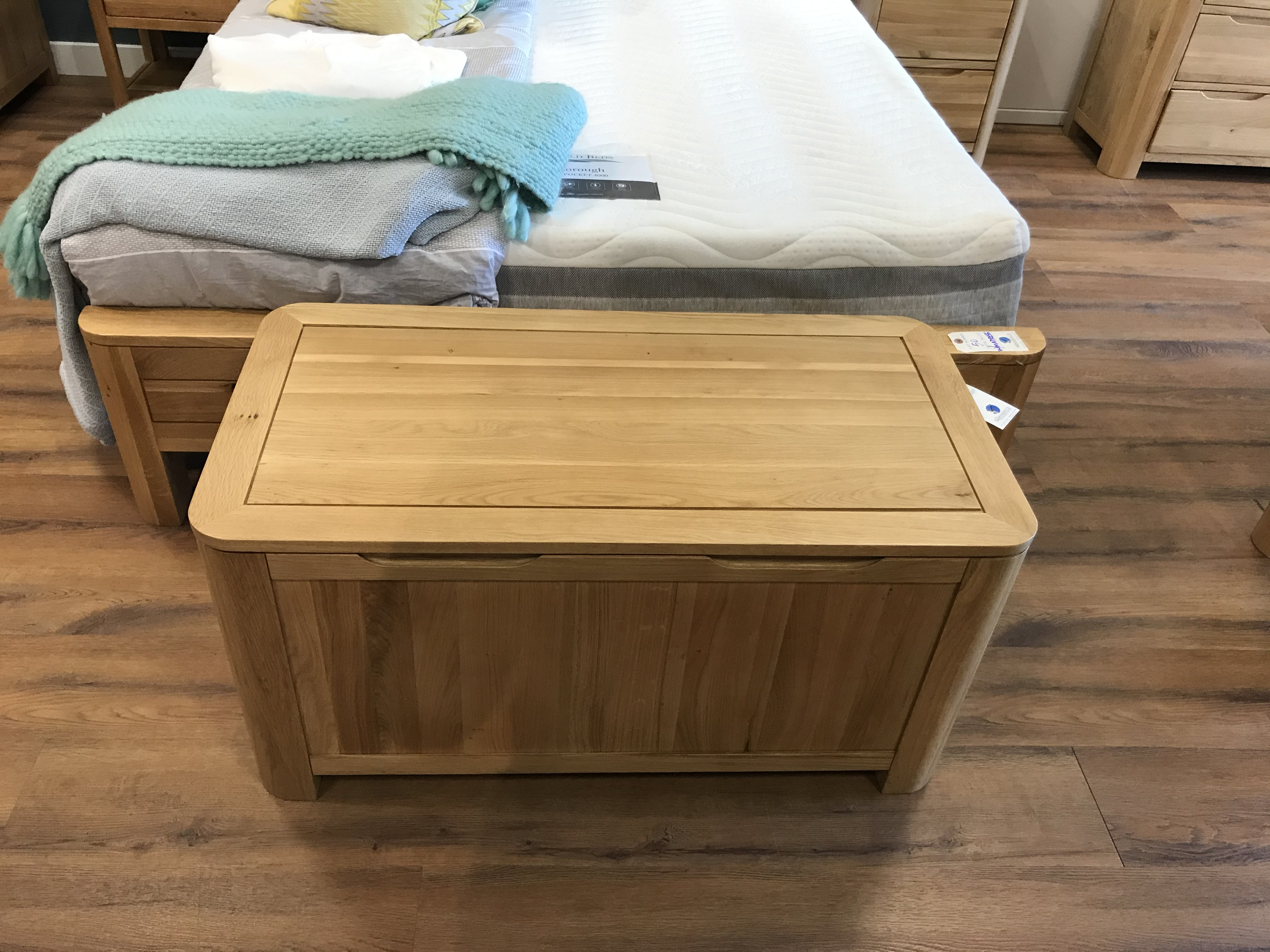 Chest (Romsey) See Picture For Dimensions and Product Info - Image 2 of 3