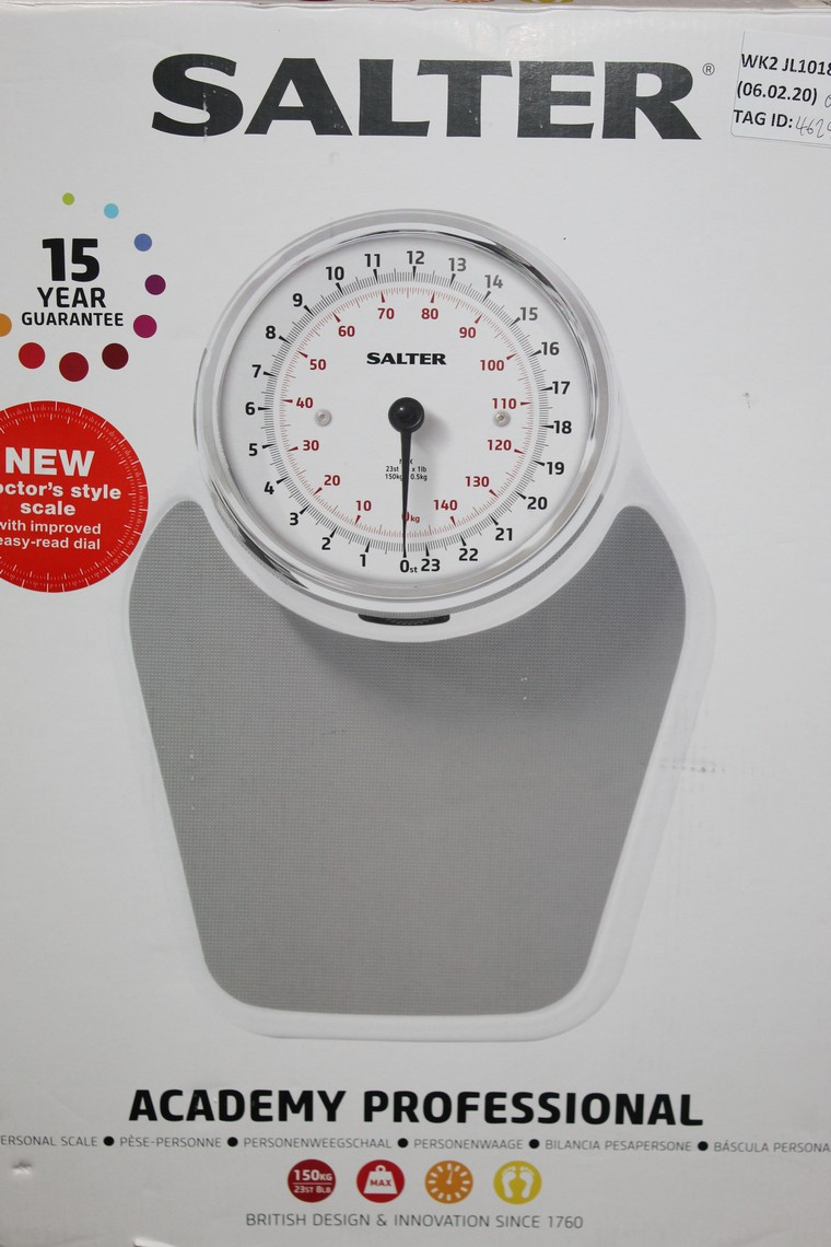 Lot 98 - Boxed Pair of Salta, Academy Professional Weighing Scales, RRP£70.00 (RET00879567) (Public Viewing