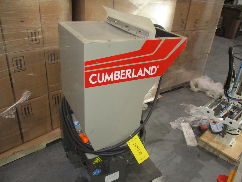 2015 Cumberland 5 HP Scrap Grinder w/ Blower - Model: 6516; Includes Model A24F0 Blower and - Image 2 of 6
