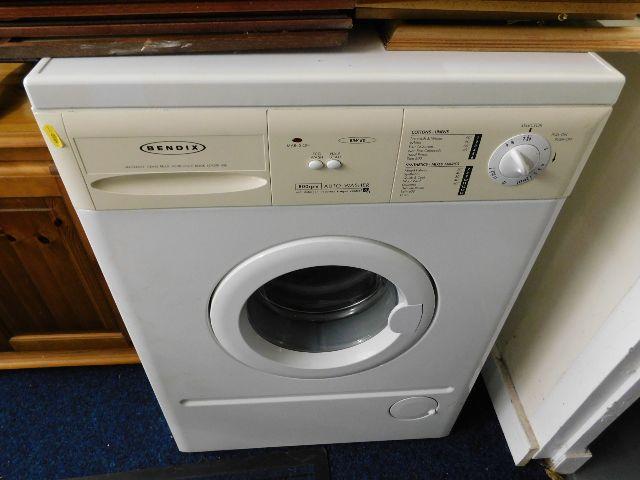 Lot 23 - A Bendix washing machine