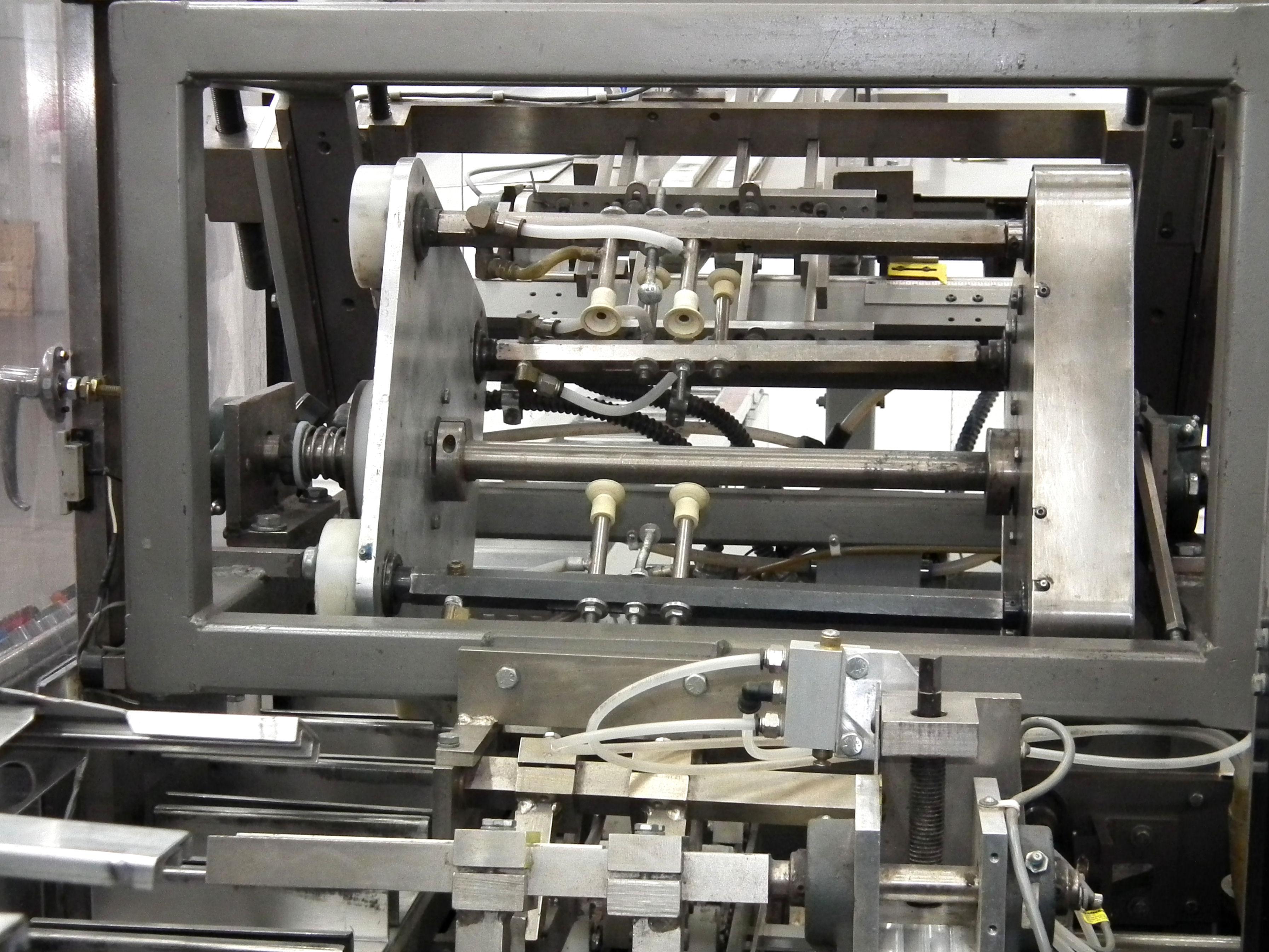 Dimension 800 Overhead Confinement Glue Cartoner B4111 - Image 6 of 17