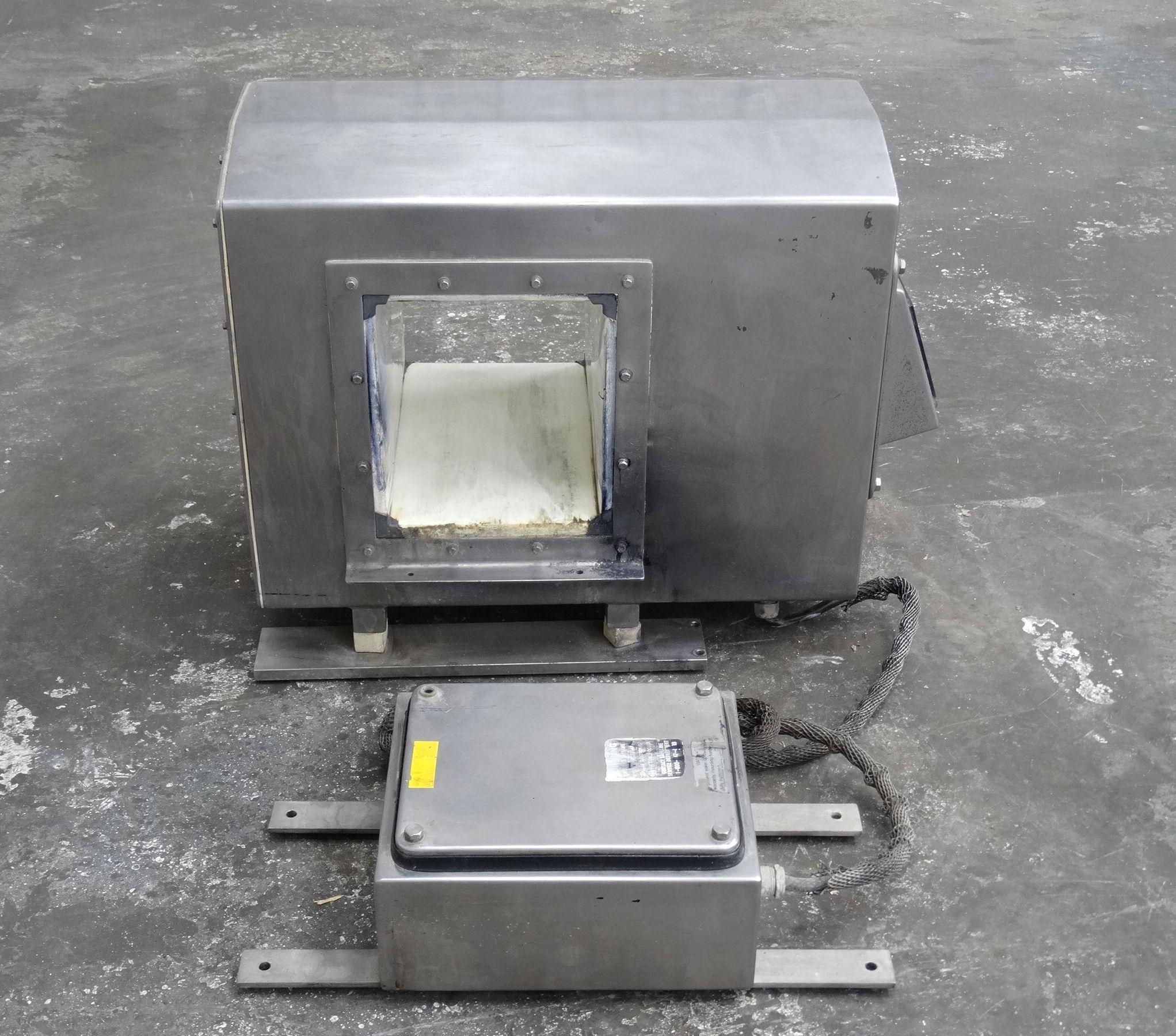 "Safeline Metal Detector Head 7.75""W x 7""H Opening B2157 - Image 5 of 8"