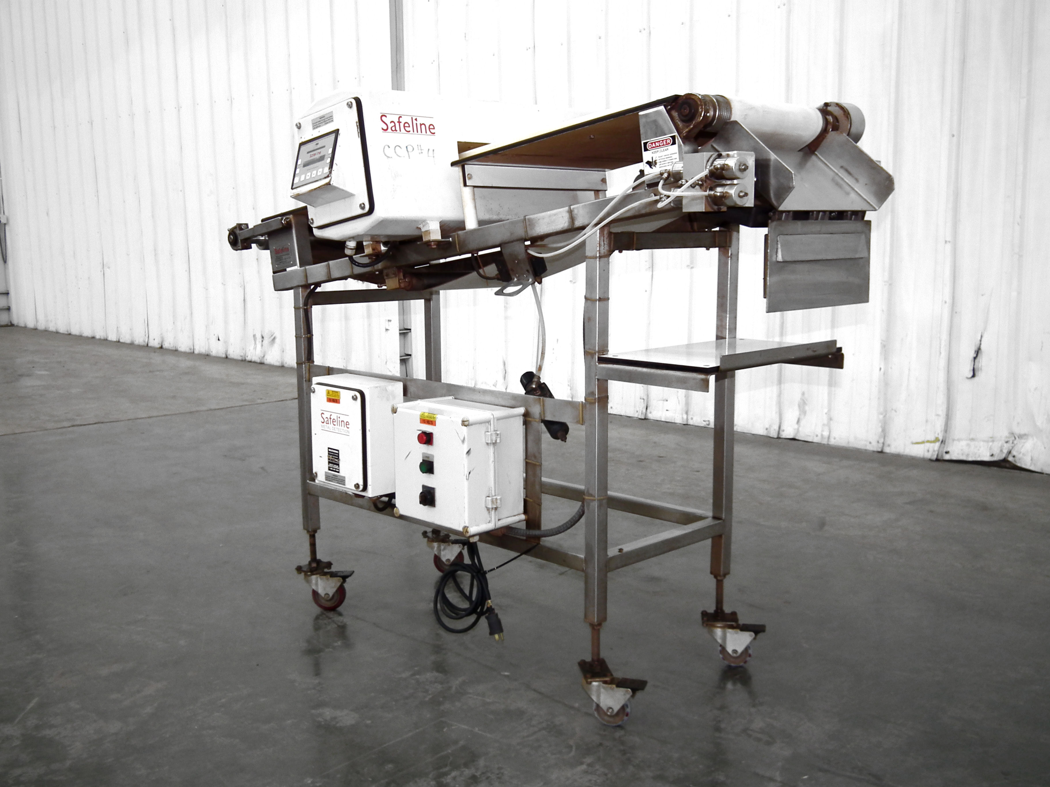 "Safeline Metal Detector 16"" Wide x 2"" High B4345 - Image 2 of 10"