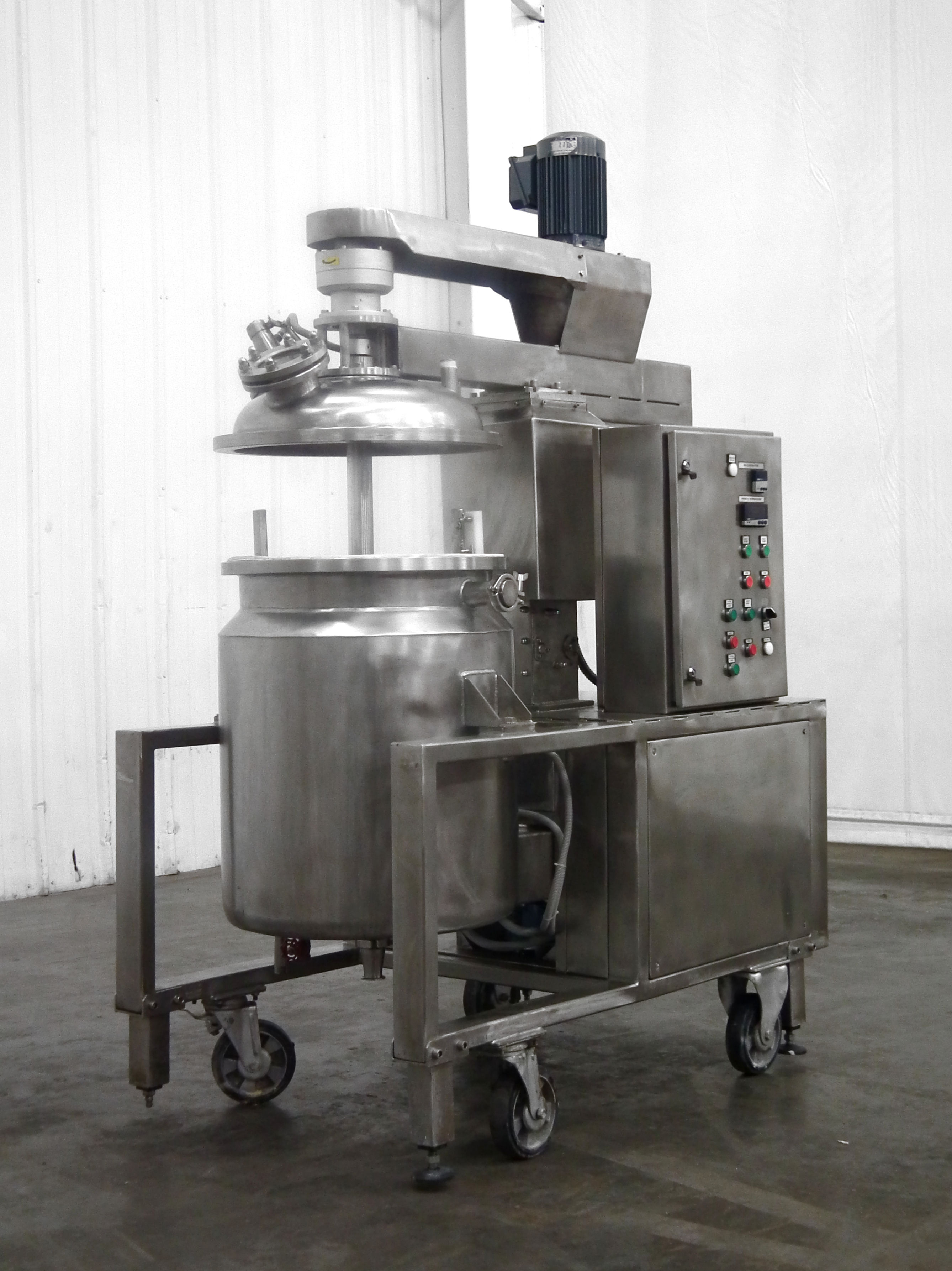 Mega Engineering HPE-VA 40 Gallon Pressure Mixer B3864 - Image 3 of 10