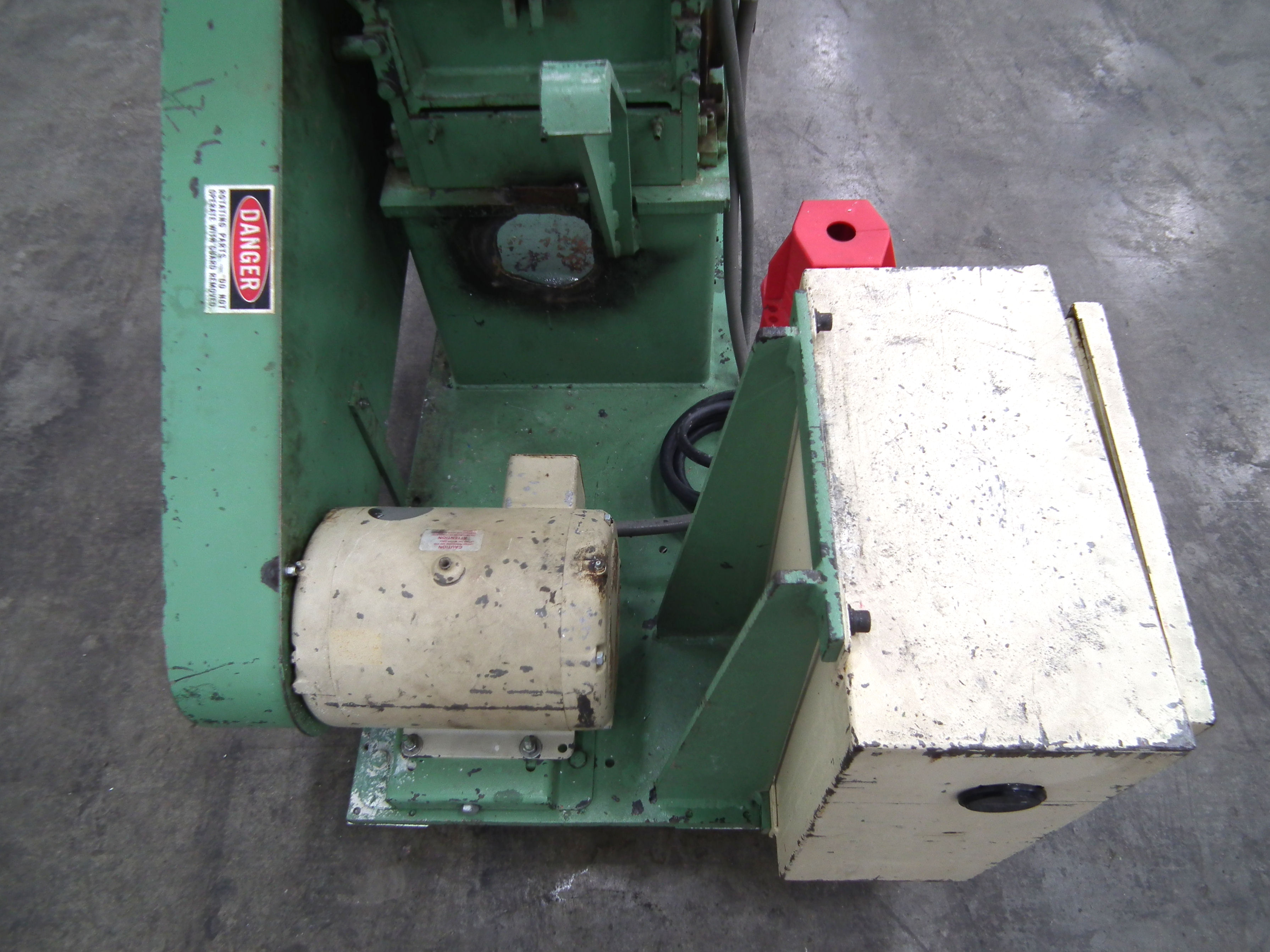 Ball and Jewell 1212SC Plastic Grinder B2811 - Image 7 of 10